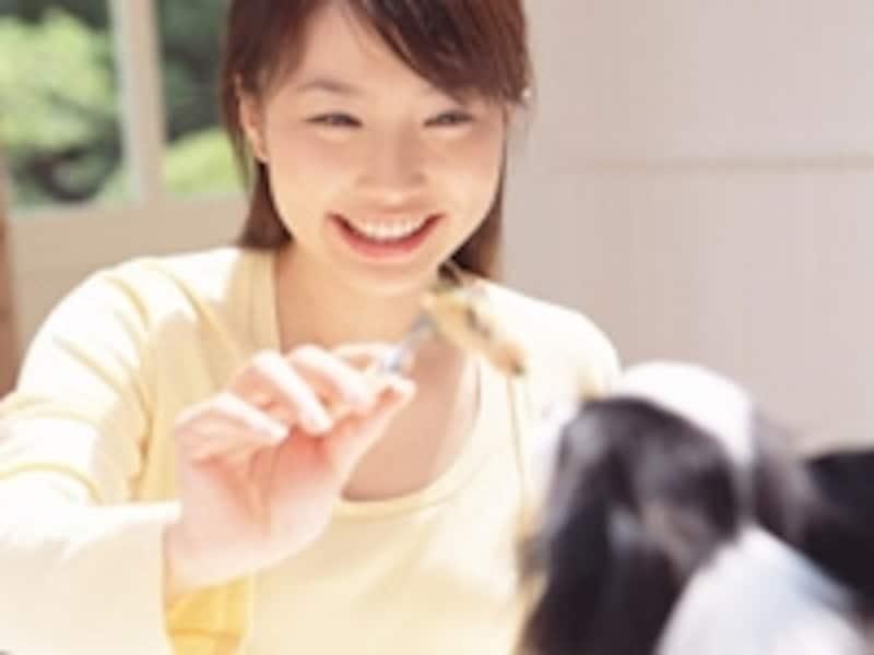 月経前症候群(PMS)やつらい月経痛にも効果が認められているピル。上手に活用して、快適な毎日を手に入れましょう