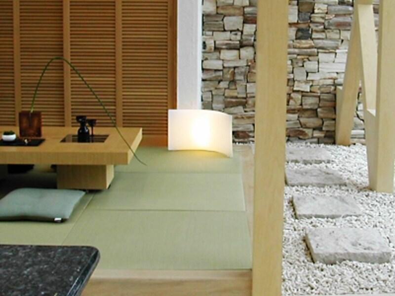 和紙畳のコーナーに砂利を敷きつめて。遊び心満載のプラン。