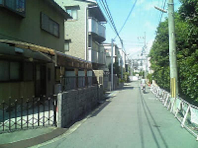 郊外的な風景