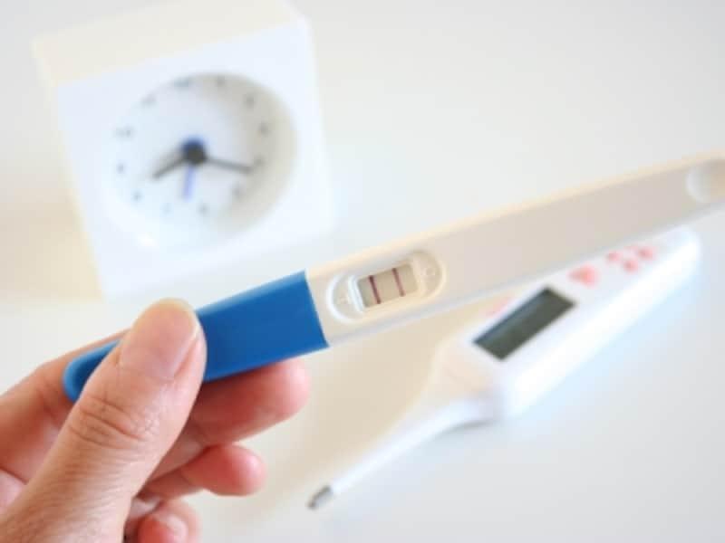 今の妊娠検査薬は、妊娠していれば5週でうっすらと陽性に出てくるでしょう