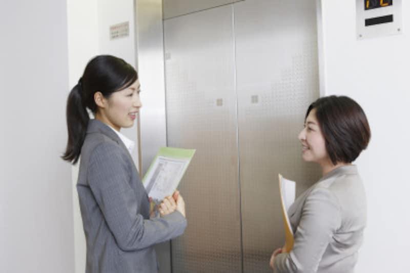 エレベーター内でのビジネスマナーとは