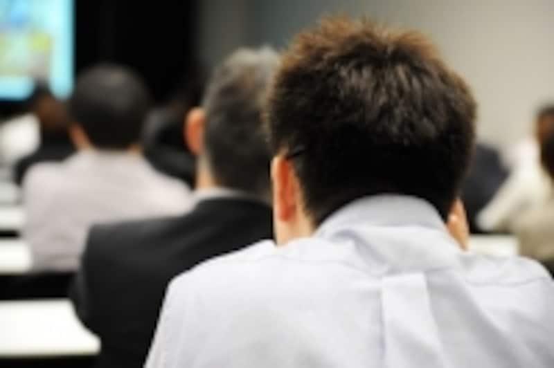 国内MBAでは小論文と英語の対策が必要となります