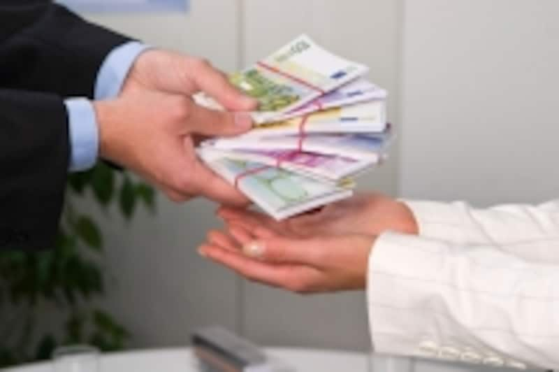 事業計画書を何度も書き直してみることで、ビジネスプランを客観的にチェックすることができる