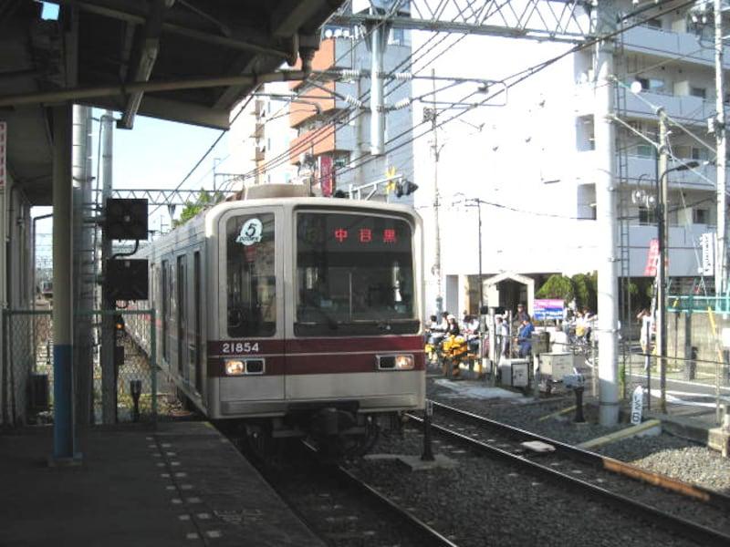 東京メトロ日比谷線