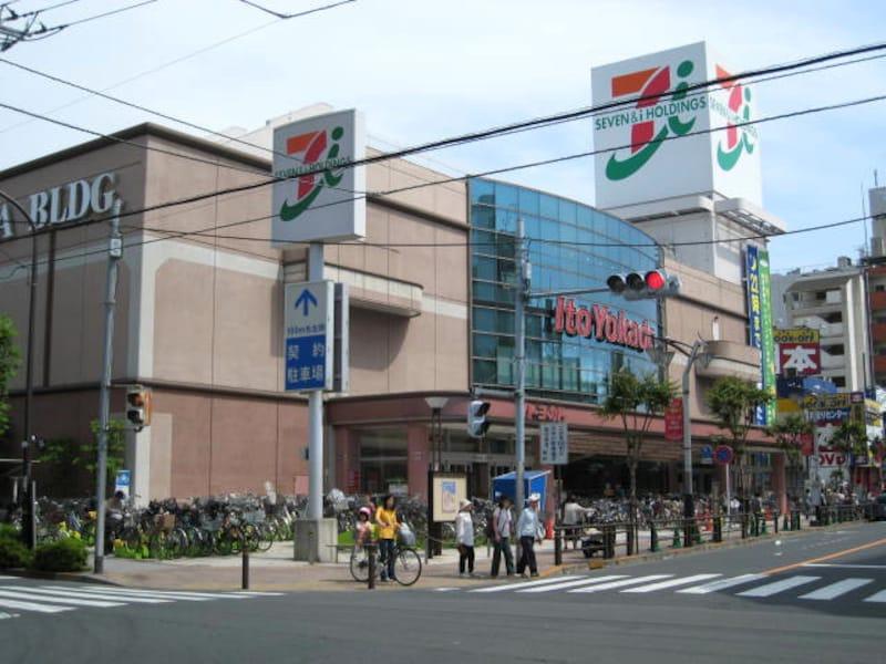 竹ノ塚のメインストリート