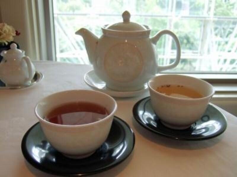 中国茶が無料というのは嬉しいですね。