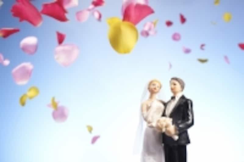 結婚式の費用はできればふたりの蓄えで賄いたい