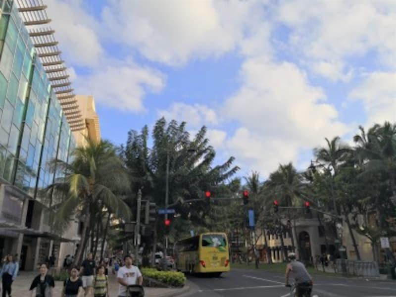 カラカウア通りの隠れハワイ語をチェック!