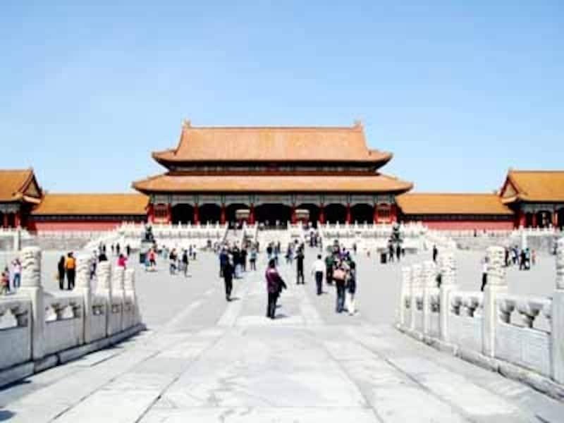 北京の街は、故宮を中心として東西南北に碁盤の目のように道がはしる。