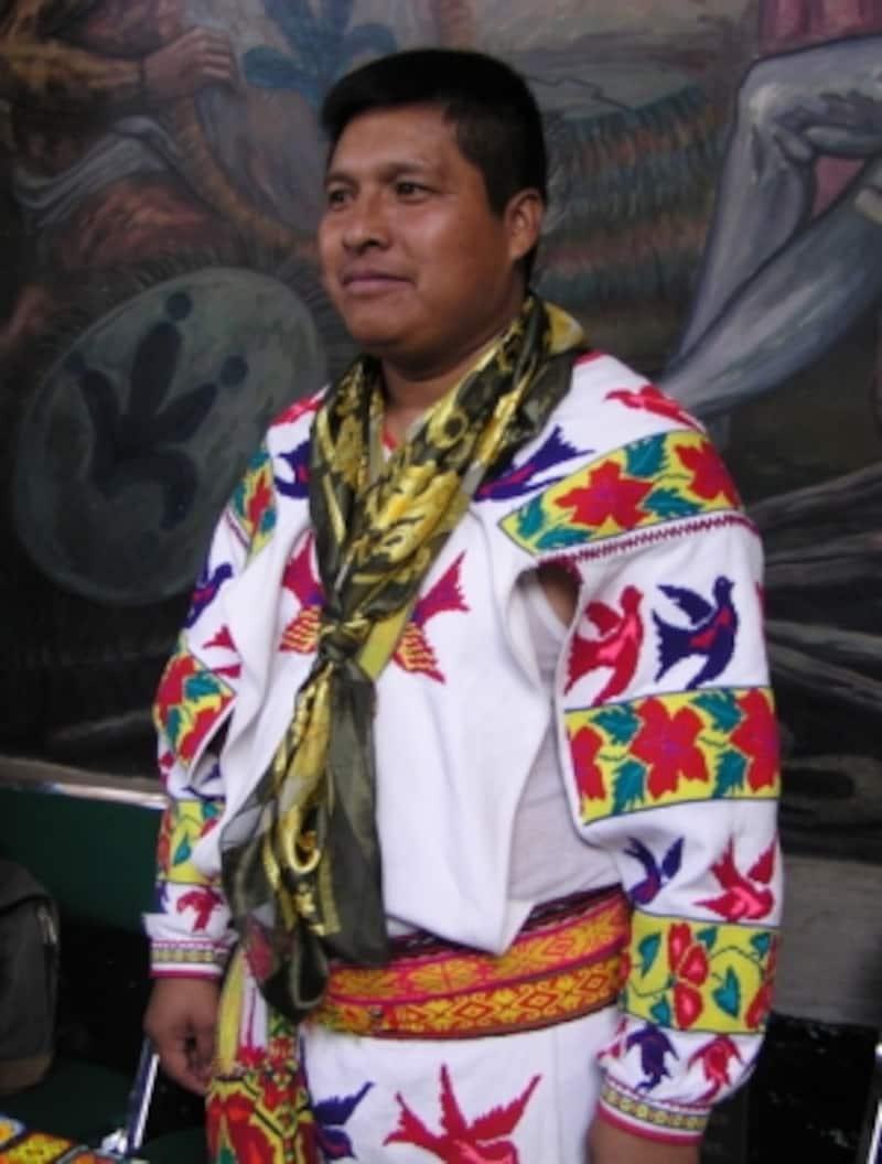 ハリスコ州のウイチョール族の男性。