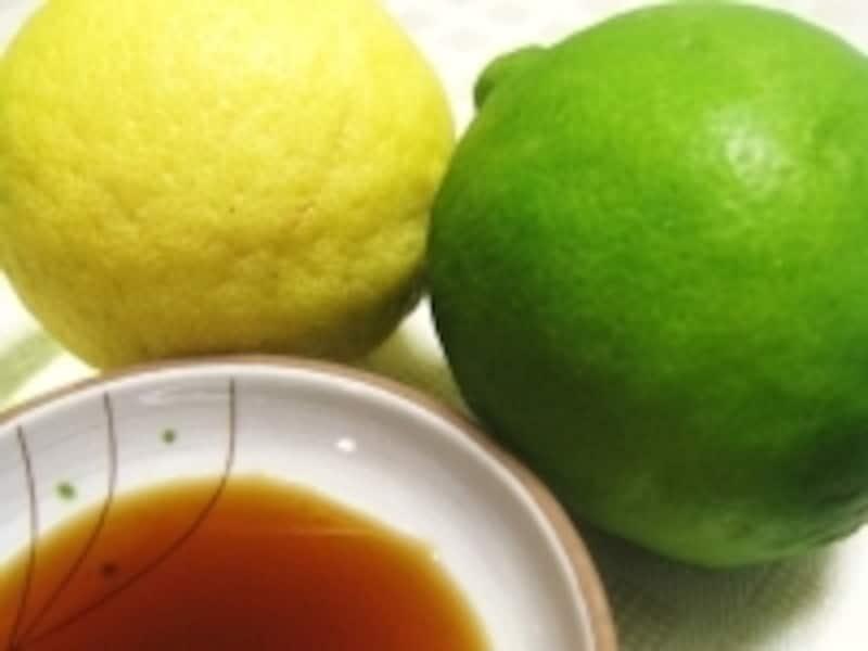 酢やレモン、ライムをベースにしたソースは魚臭を消すのに役立ちます
