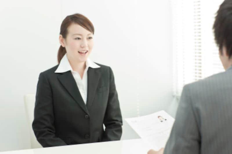 求人にまつわる法律人材募集時の性差別表現は禁止