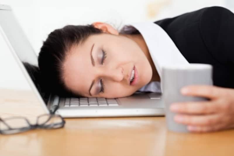 特発性過眠症の症状、治療法