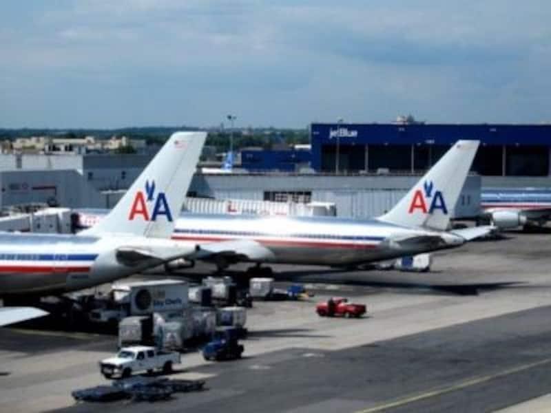 座席間が広いアメリカン航空なら、長時間フライトも余裕!