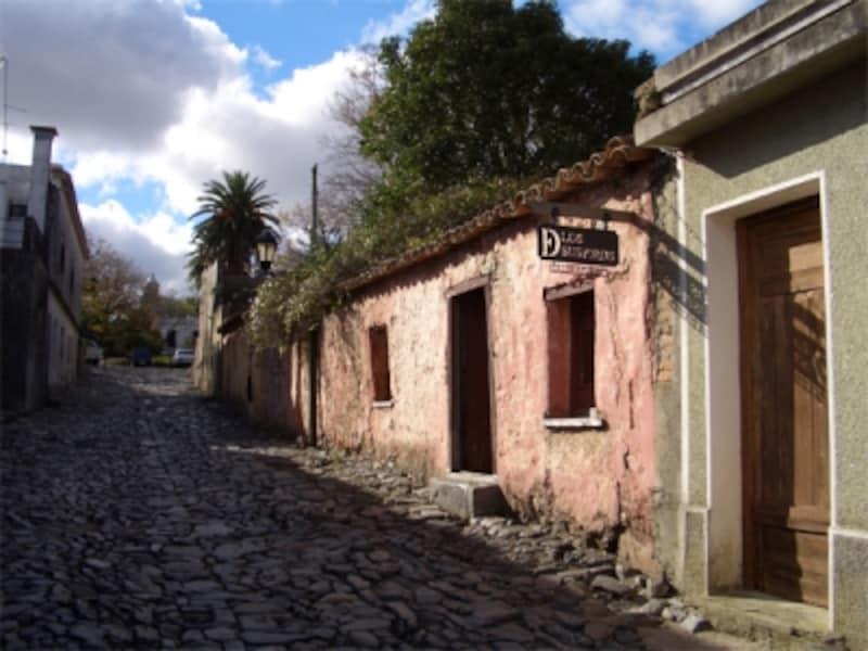 古都コロニア・デル・サクラメントはブエノスアイレスから最もアクセスの良い世界遺産
