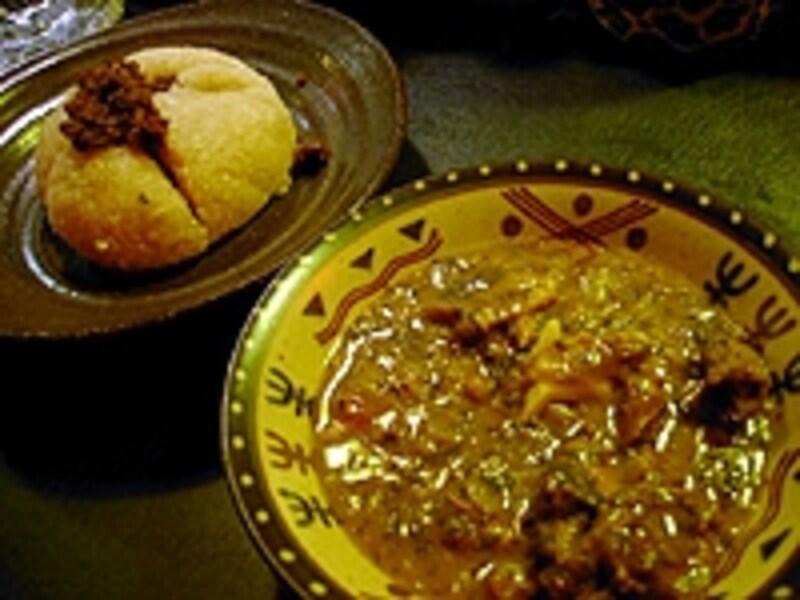 料理はアフリカ人も納得の本格派。丁寧な仕事が印象的だ。