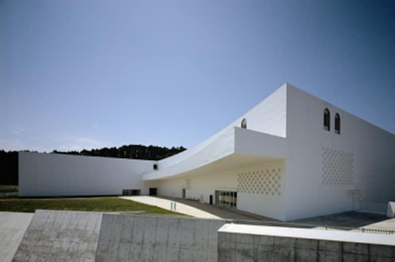 青森県立美術館undefined外観