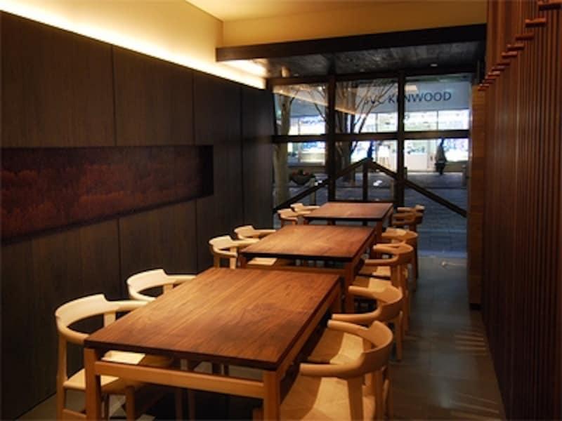 一保堂のお茶のおいしさを伝えるための喫茶室。