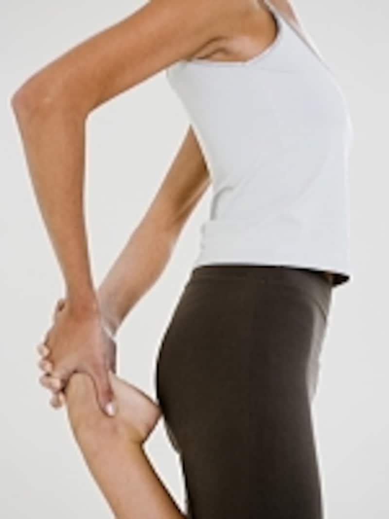 股関節は下半身をスッキリさせるポイントです!股関節ストレッチを習慣にして、むくみ知らずの美脚を手にいれよう!
