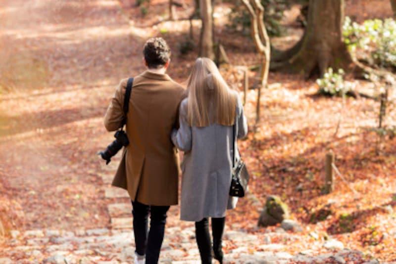 結婚し年配夫婦になったあかつきには、10歳の年齢差など気にならないレベルになるはず。