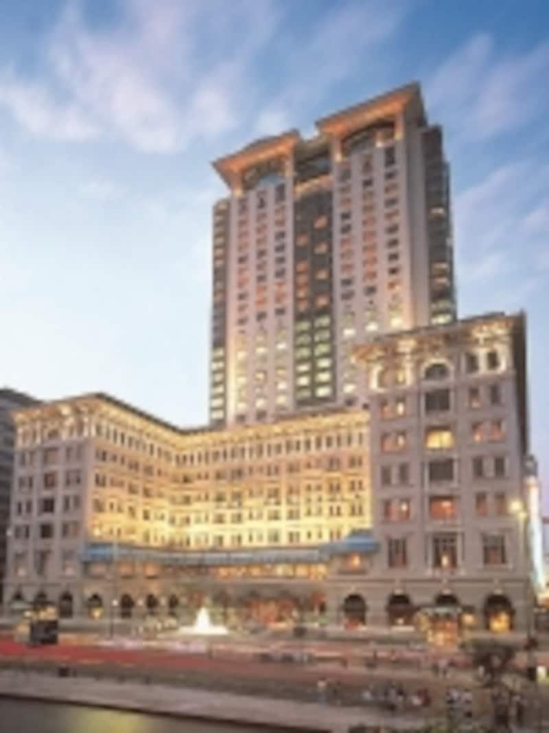 ペニンシュラホテルは観光にも買い物にも便利