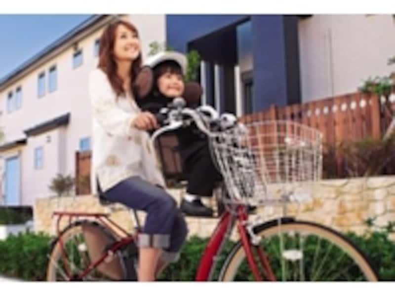 どんな場所でも楽に移動できるのは、電動自転車の魅力