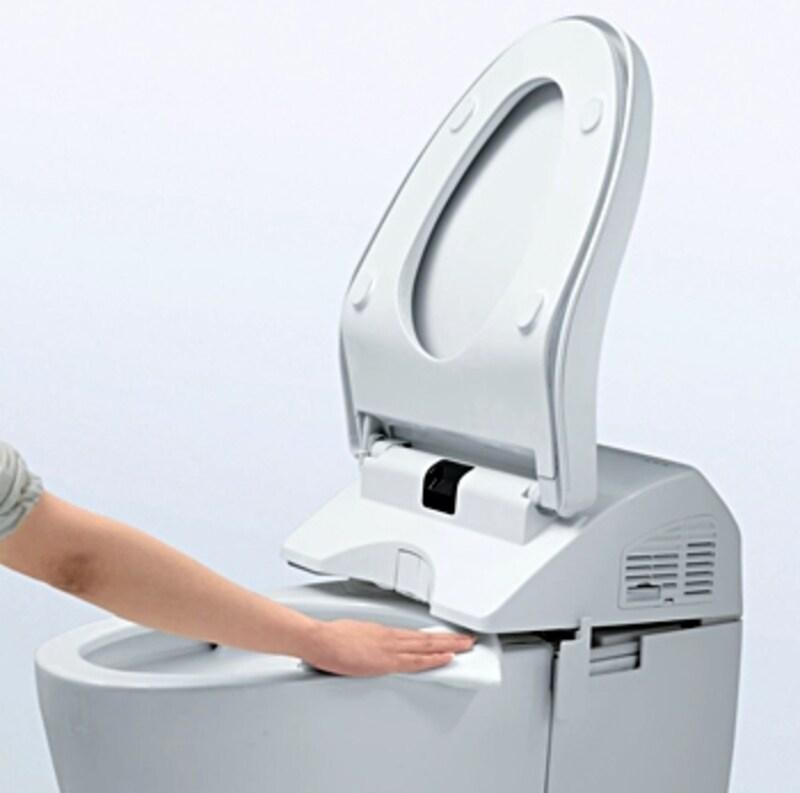 掃除のしにくかったウォシュレットと便器のスキマの掃除ができる便器も(ネオレスト/TOTO)
