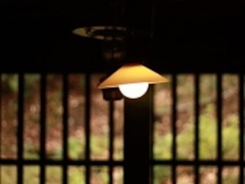 電球は、ずっと昔から生活の中に溶け込んでいた。この先も、半永久的に存在するのではないだろうか。