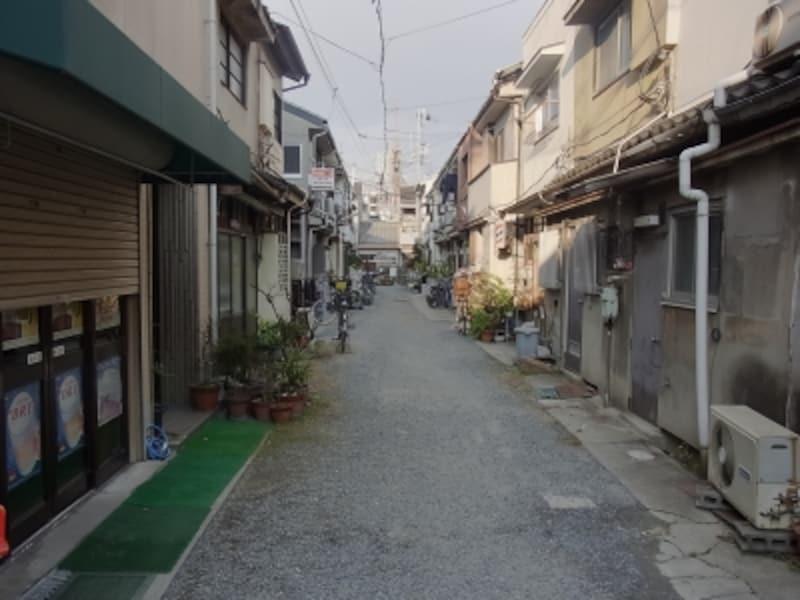 砂利道の道路@塚本