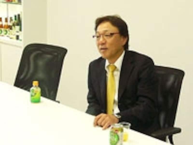 アルコール0.00%のビール味飲料「フリー」開発の責任者佐藤章さん