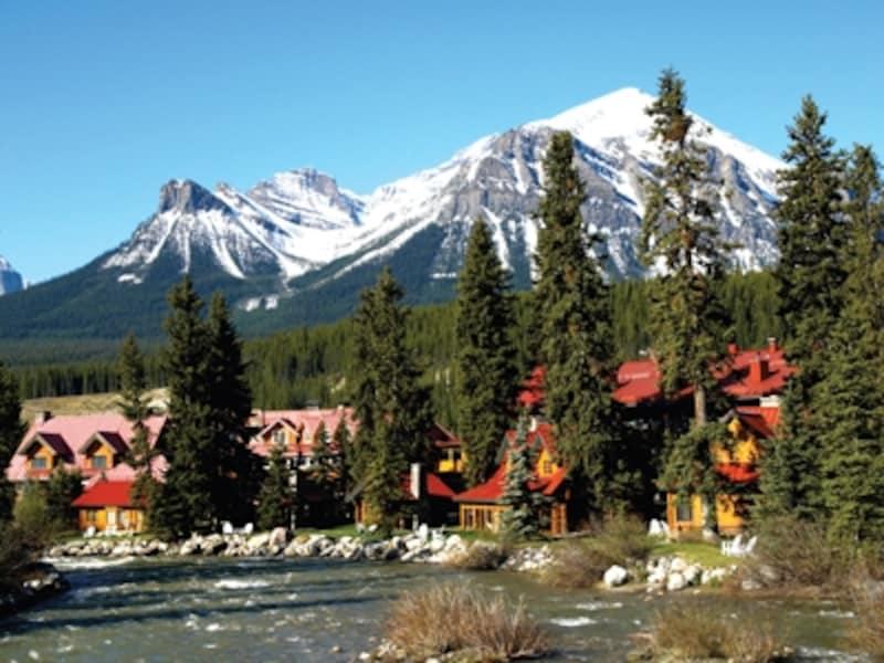 欧米の観光客から圧倒的な支持を受けるポストホテル(C)ThePostHotel,LakeLouise