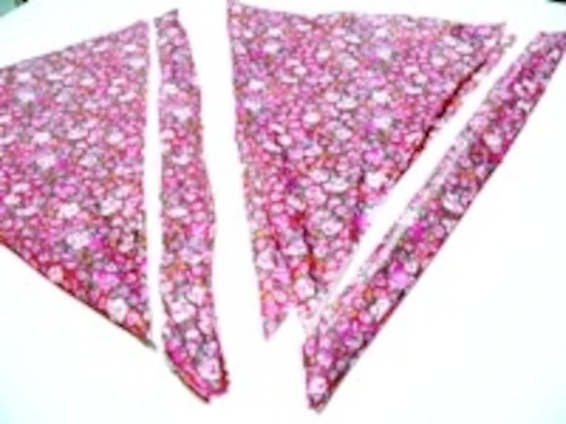 折り目に沿って切り取ると一番長く布がとれる