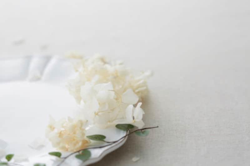 結婚式で使うスリーピークスの折り方とは?