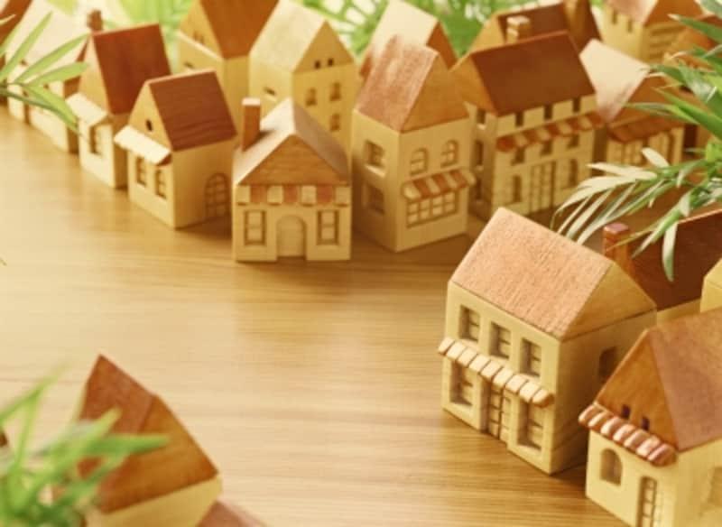 地震で建物が被災しても地震保険に入っていないと保険金は出ない。