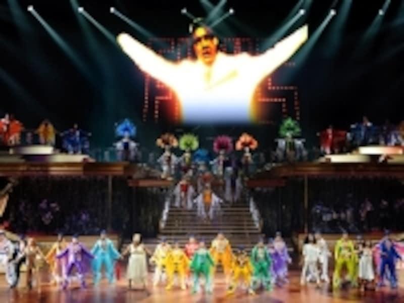 シルクドソレイユの舞台でエルビスがよみがえる!