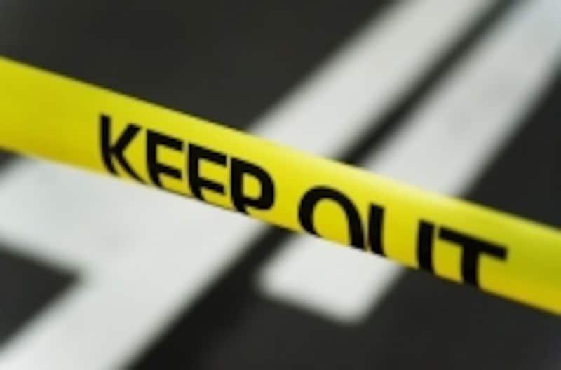 突然の事故でパニックになってしまうこともあります。自分だけで対処しようと思わず、誰かに助けを求めましょう。