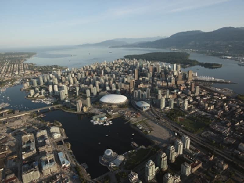 カナダとアメリカは同じような町並みだが、中身は大きく異なるundefined(C)TourismVancouver