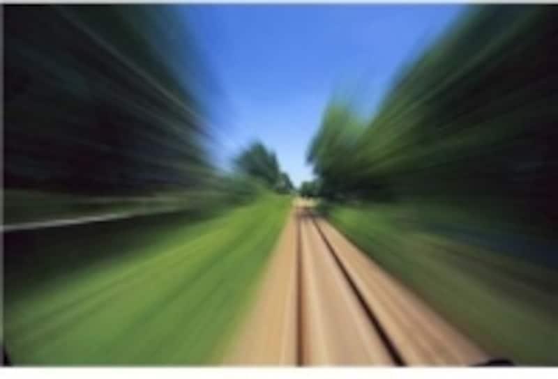 単位型をたとえるなら、一度乗ると目的地までまっしぐらの「特急列車」