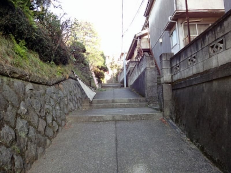 階段状の道路