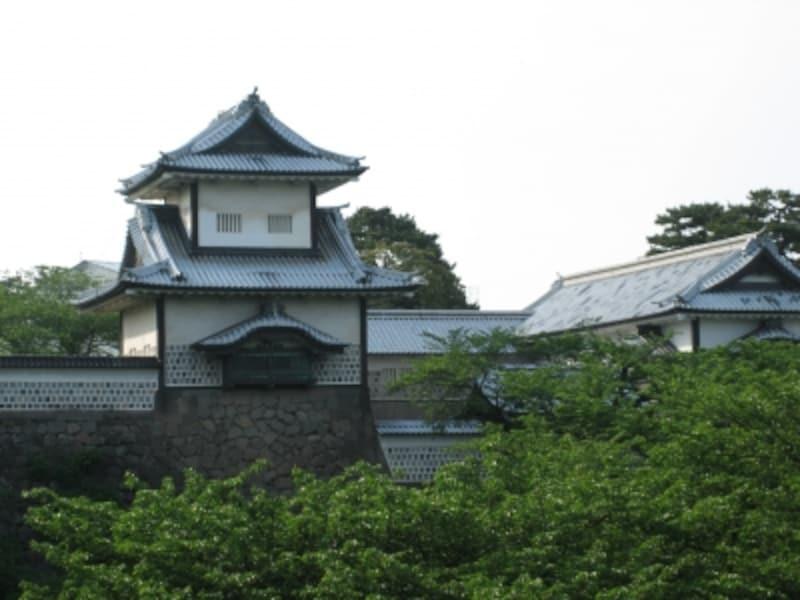 おすすめ観光スポット・金沢城公園