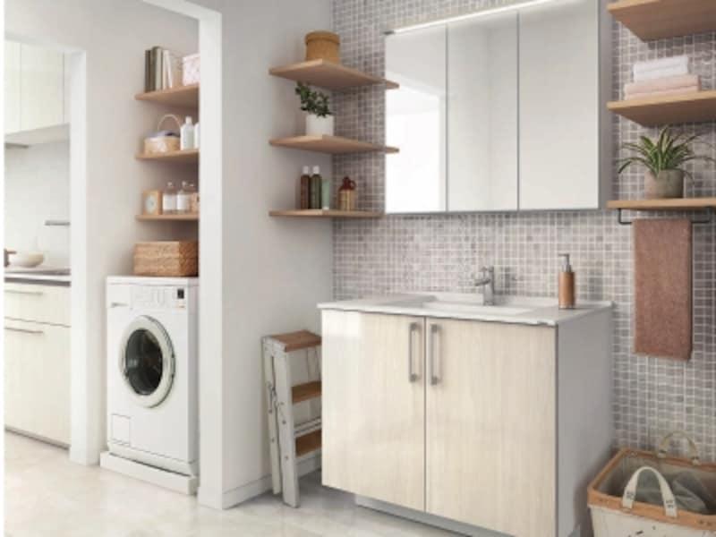 キッチンの近くに洗面と洗濯機を設ければ家事も楽に。扉材などのデザインを統一させても。[エスクアLS]TOTOundefinedhttps://jp.toto.com/