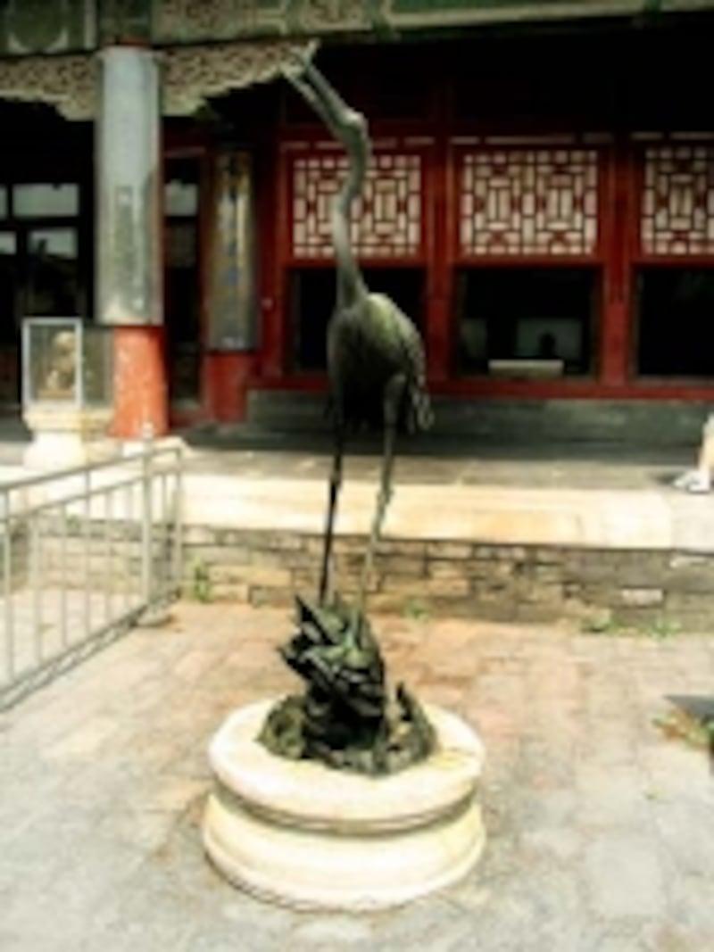 故宮鶴の像