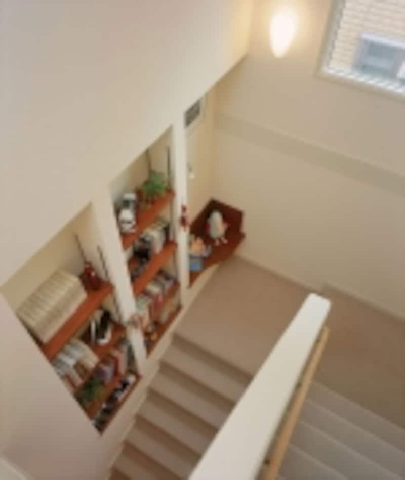 階段収納の一例