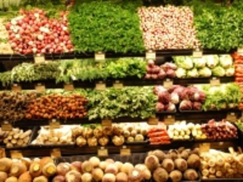 野菜、果物の量り売りは特に安い!