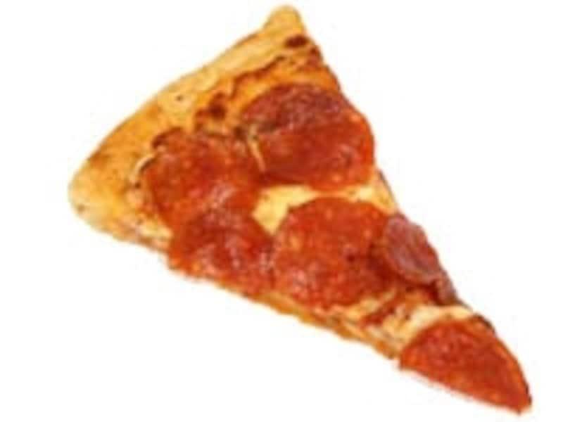 でっかいピザをスライスしてばら売り