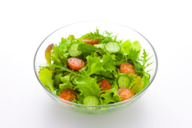 毎日サラダだけのダイエット生活をしていませんか