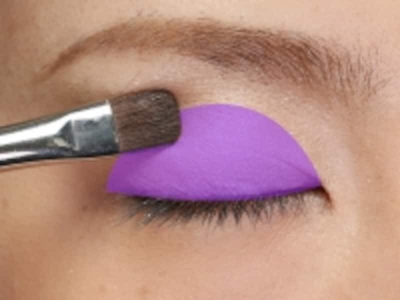 紫のマーク部分全体につけます