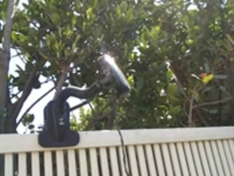 ソーラー部分とライト部分が分離していると日当たりが悪い場所でも使いやすい