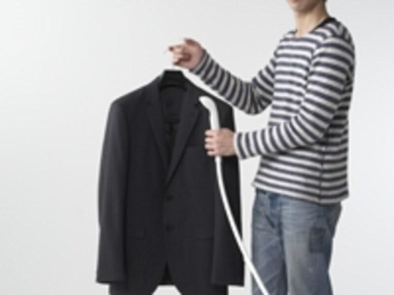 シャワーだけで洗え、ノーアイロンでもOKなトロピカルウールのスーツも登場。コナカ