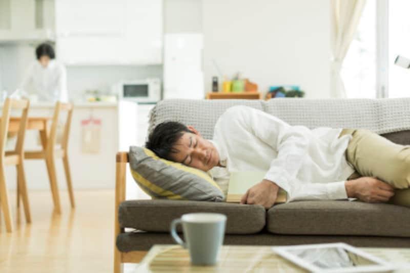 主人在宅ストレス症候群(夫源病)の原因・症状・対処法